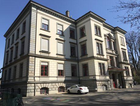 Schulhaus
